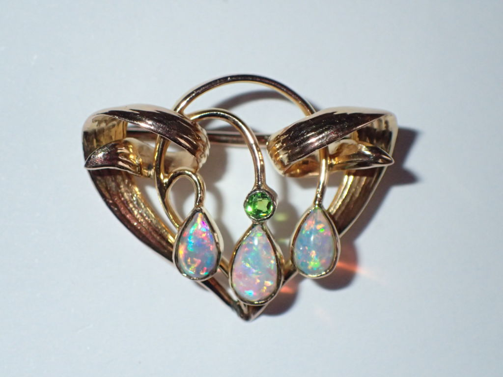 full louis brooch gold yellow set to opal expand s click in michael rl item lane ruby